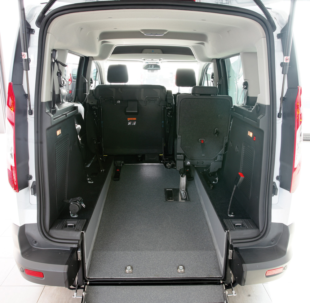 Ford Tourneo Connect per disabili_1